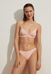OYSHO - Bikini pezzo sopra - rose - 1