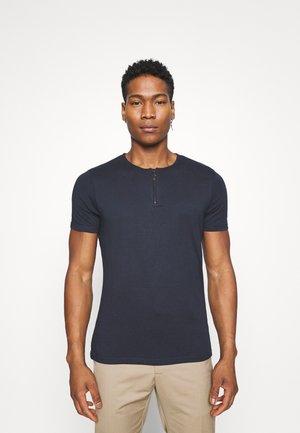 RUSSELLB - T-shirts basic - navy