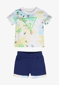 Guess - Shorts - gelb - 0