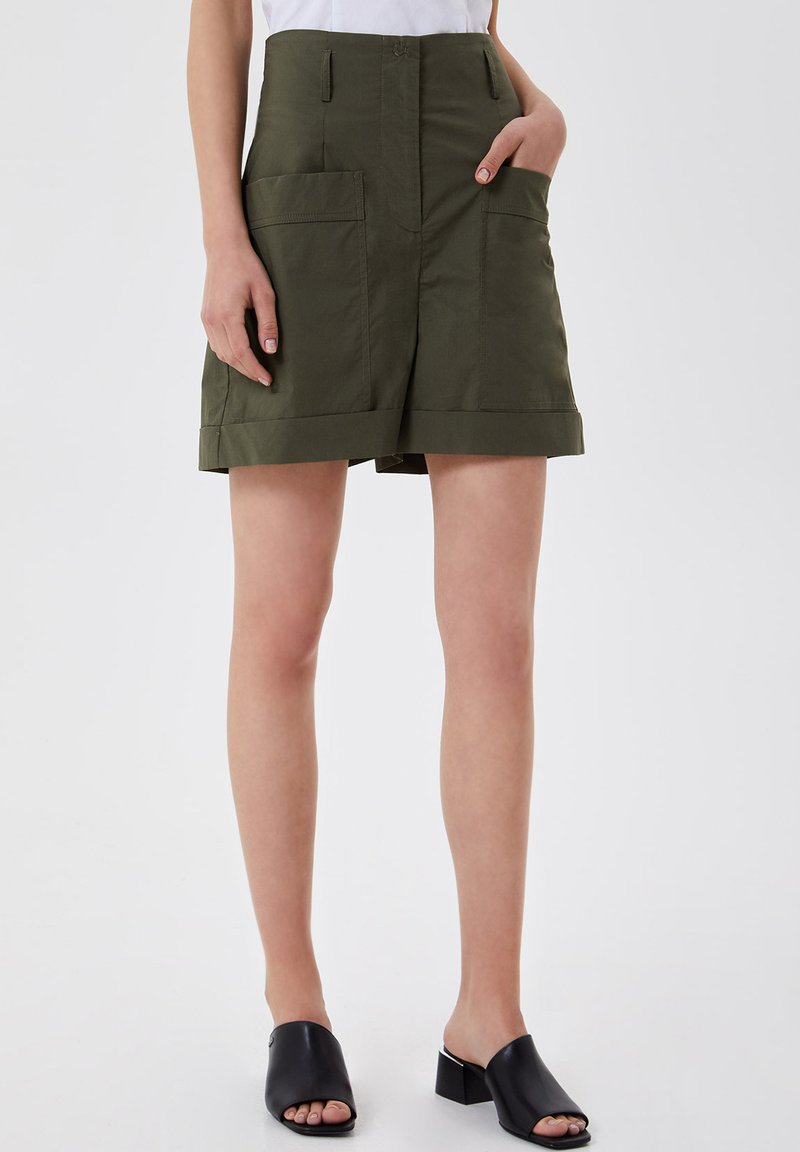 LIU JO - Shorts - green