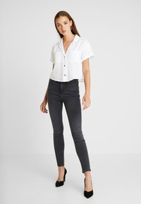 Lee - SCARLETT HIGH - Jeansy Skinny Fit - black bucklin - 1