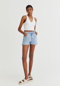 PULL&BEAR - Shorts di jeans - light blue - 1