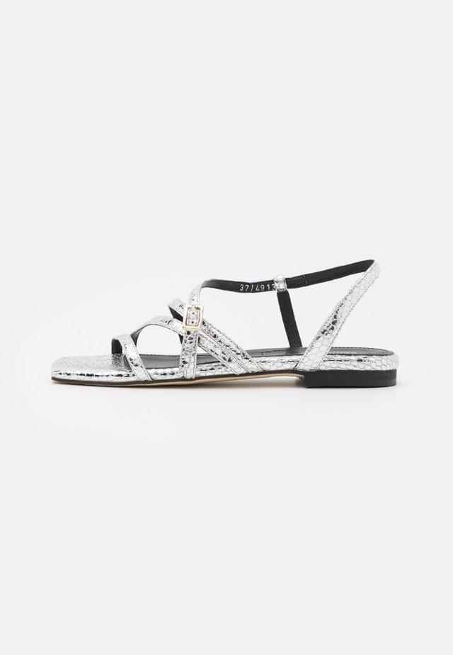 Sandały - argento