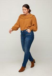 Zizzi - SANNA - Jeans Skinny Fit - blue - 0