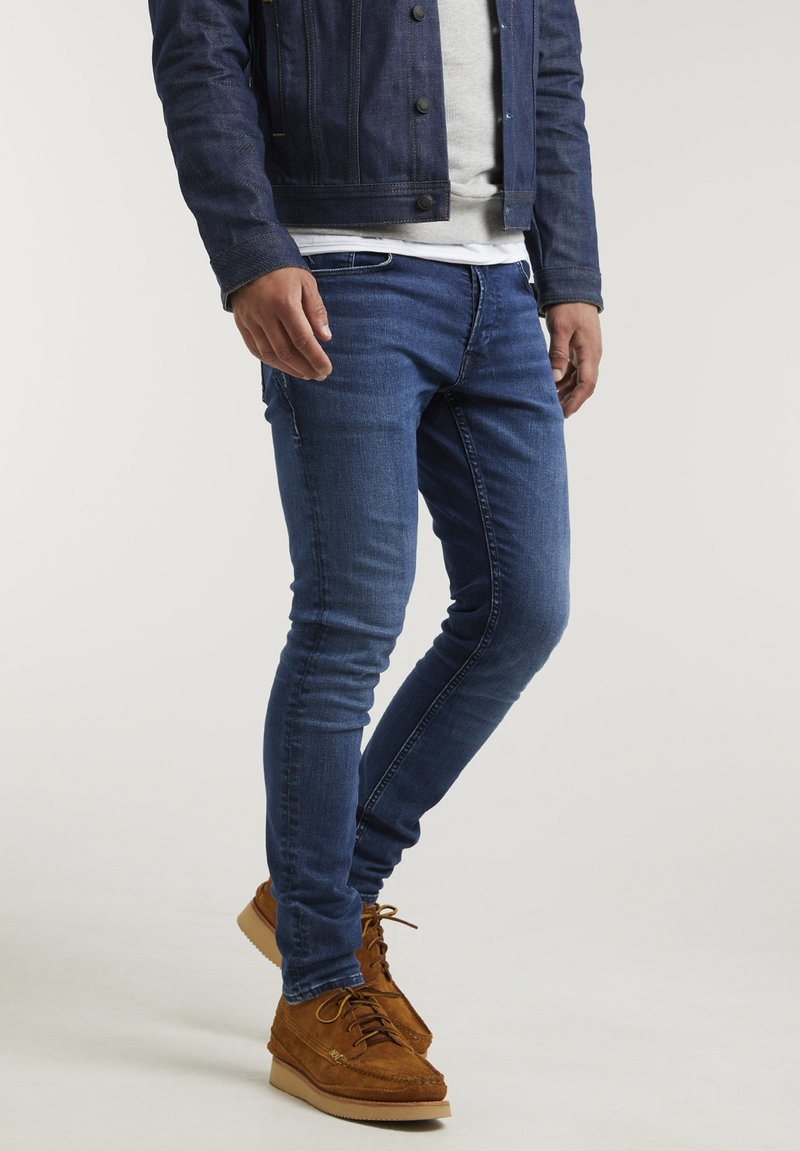 CHASIN' - Slim fit jeans - blue