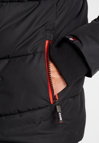 Superdry - SPORTS PUFFER - Winterjas - jet black - 4
