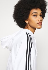 adidas Originals - SHORT HOODIE - Hoodie - white - 3