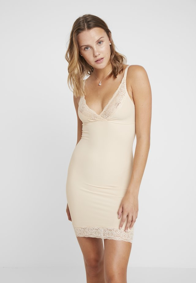 BE PRETTY DRESS - Shapewear - latte