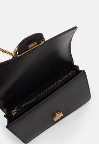 Pinko - LOVE MINI ICON JEWEL ANTIQUE - Across body bag - black - 3