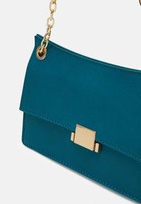 Even&Odd - Across body bag - dark green - 3