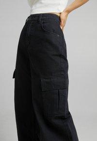 Bershka - Pantaloni cargo - black - 2