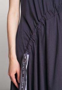 BLANCHE - DRAW DRESS TANK - Robe d'été - graphite - 7