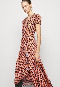 Diane von Furstenberg - VIENNA - Vapaa-ajan mekko - orange - 3