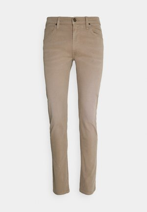 LUKE - Jeansy Slim Fit - beige