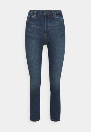 VMSOPHIA SKINNY JEANS PETI - Jeans Skinny Fit - medium blue denim