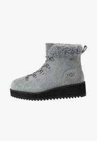 UGG - BIRCH LACE-UP - Winter boots - geyser - 1