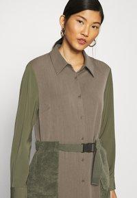 Another-Label - DAWN DRESS - Shirt dress - winter moss melee - 5