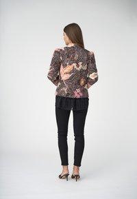 Dea Kudibal - Summer jacket - native rose - 2