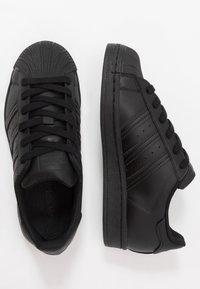 adidas Originals - SUPERSTAR - Sneakersy niskie - core black - 0