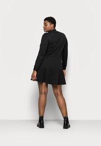 Vero Moda Curve - VMBISTAD - Denní šaty - black - 2