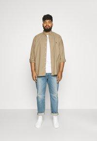 Polo Ralph Lauren Big & Tall - LONG SLEEVE SPORT SHIRT - Shirt - surrey tan - 1