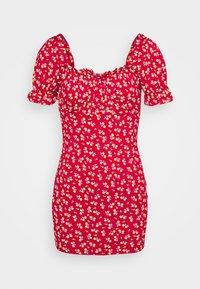 Missguided Petite - DITSY FRILL DRESS - Žerzejové šaty - red - 0