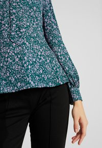 Fashion Union - PEONIE - Blouse - static - 5