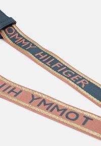 Tommy Hilfiger - Torba na ramię - blue - 3