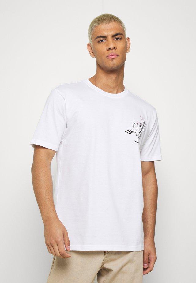 CRANE TEE - Triko spotiskem - bright white
