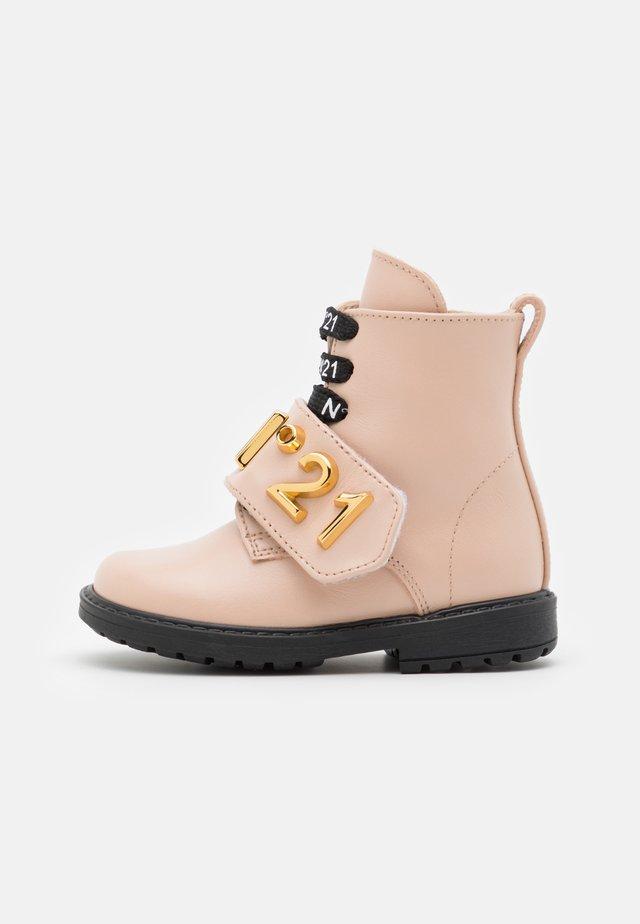 Veterboots - light pink