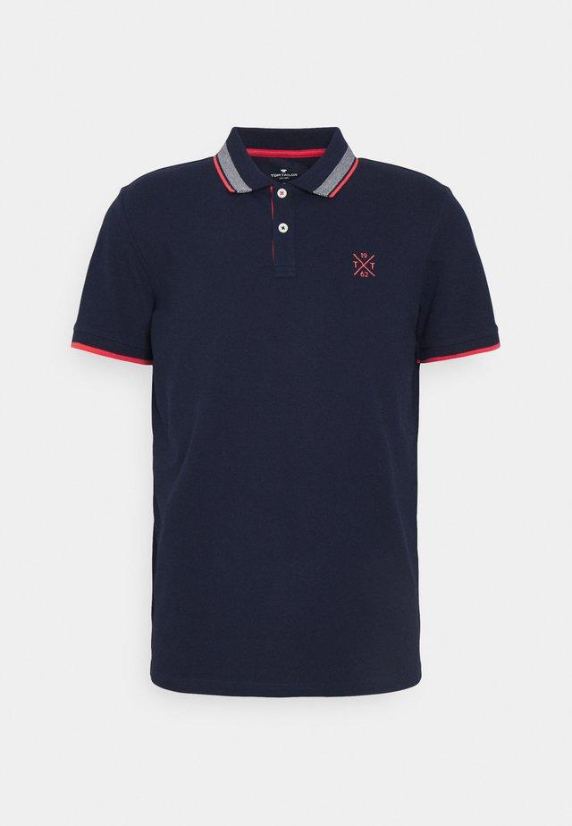 UNDERCOLLAR WORDING - Polo shirt - sailor blue