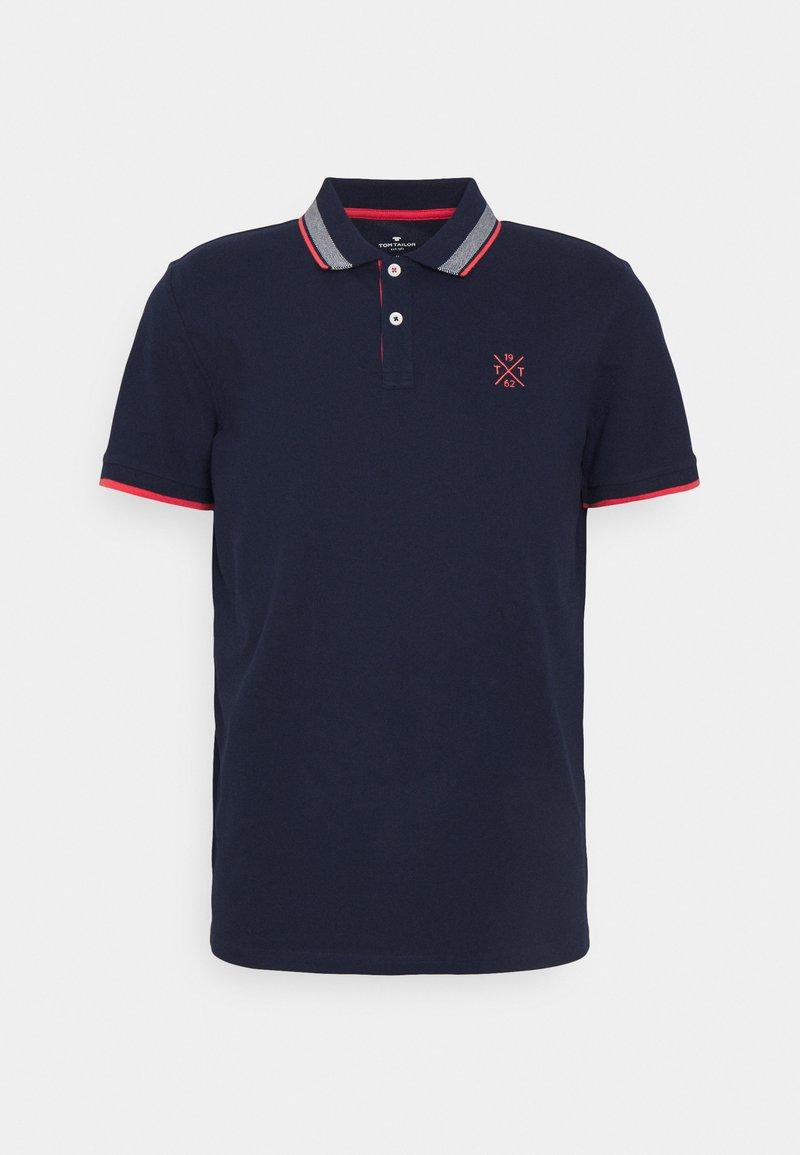 TOM TAILOR - UNDERCOLLAR WORDING - Polo shirt - sailor blue