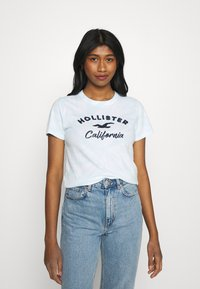 Hollister Co. - TECH CORE UPDATES - Print T-shirt - blue - 0