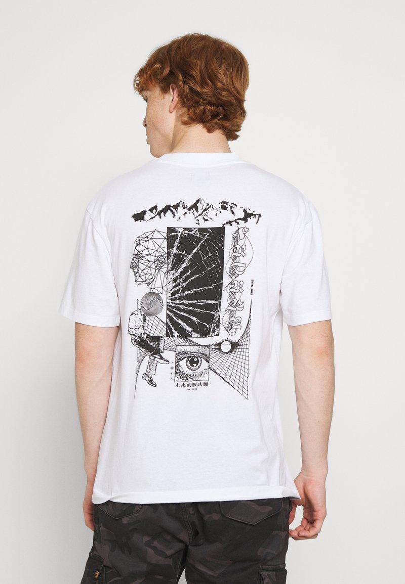 Edwin - SUTURE UNISEX - Print T-shirt - white