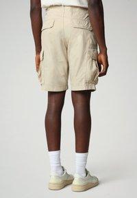 Napapijri - NOTO - Shorts - natural beige - 1