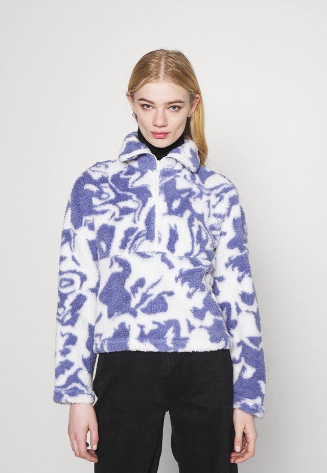 AMALIA - Fleece jumper - blue liquid fluff