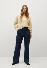 Violeta by Mango - LILA - Bootcut jeans - blue - 1
