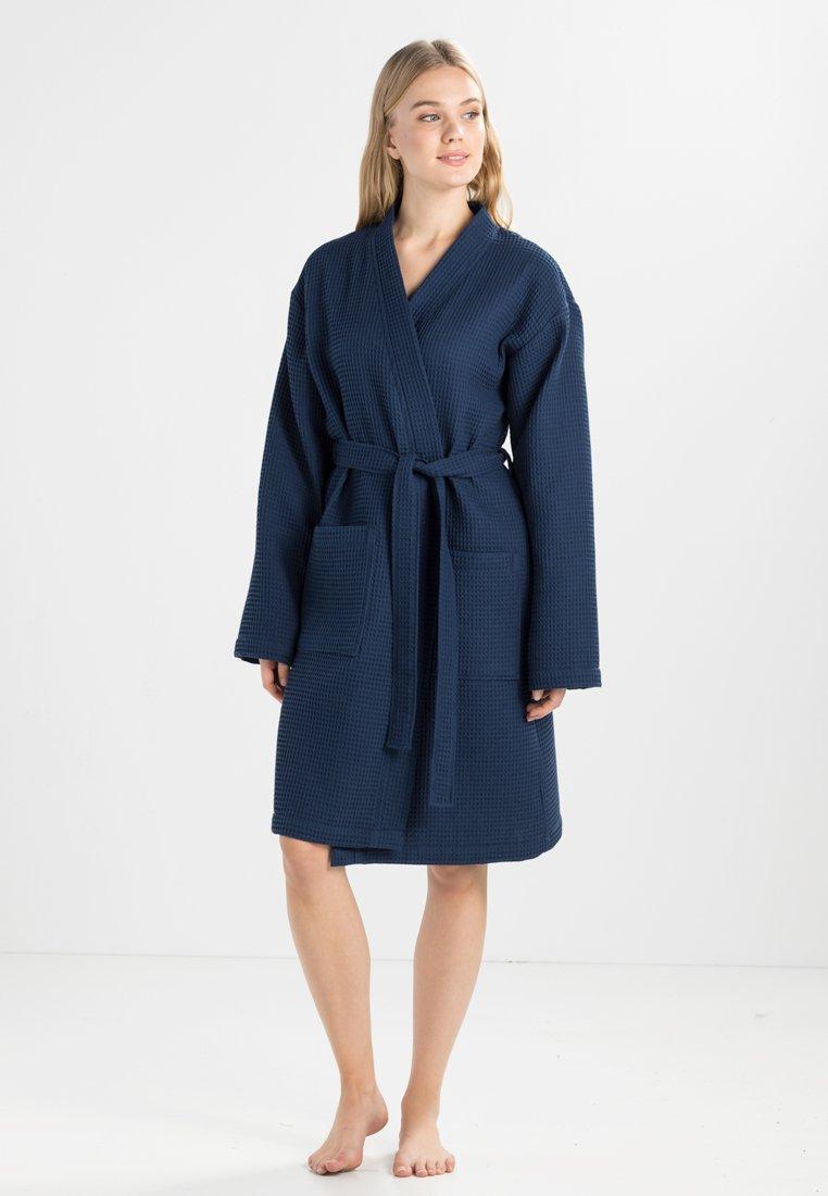 Vossen - ROM - Dressing gown - winternight