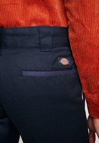 Dickies - EZEL - Spodnie materiałowe - navy blue - 4