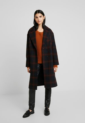 Zimní kabát - red/black