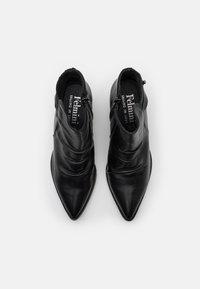 Felmini - ELMA - Classic ankle boots - uraco black - 5