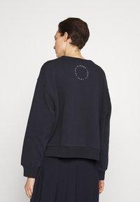 CLOSED - Sweatshirts - dark night - 2