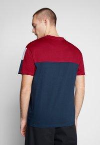 Nominal - DARA - Print T-shirt - navy - 2