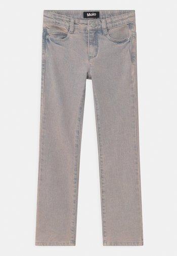 ALIZA - Jeans Bootcut - blush blue wash