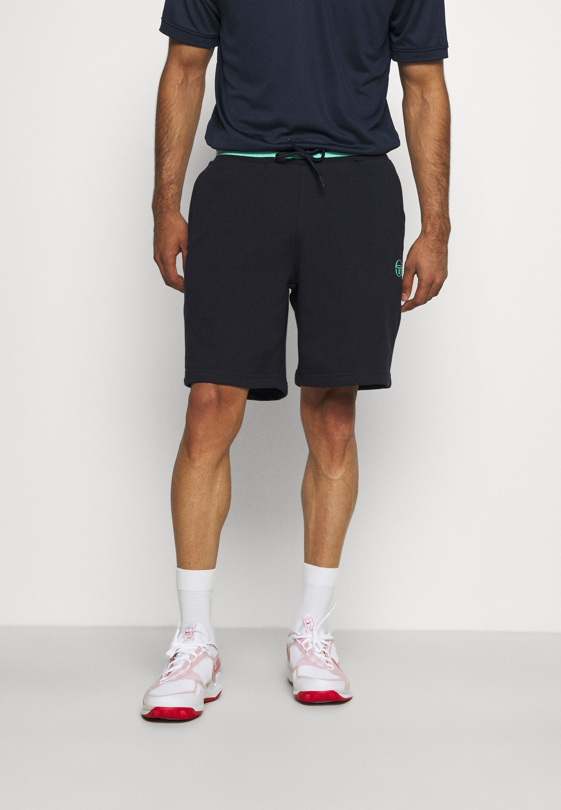 Men AVOCADO SHORT - Sports shorts
