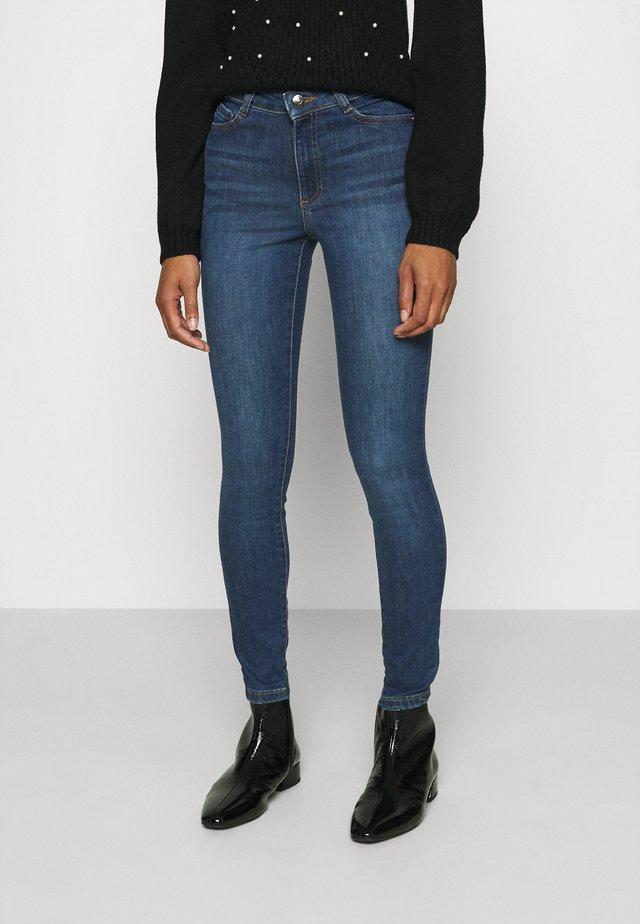 AUTHENTIC ALEX - Slim fit jeans - indigo