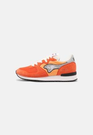 AUSSIE - Sneakers laag - flame