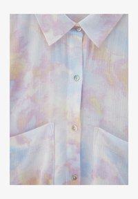 PULL&BEAR - MIT TIE-DYE - Button-down blouse - white - 5