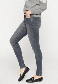 LolaLiza - Jeans Skinny Fit - dnm - med grey - 4