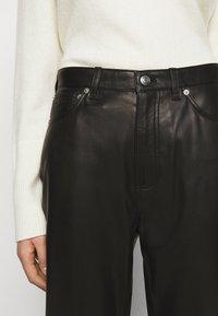 Iro - GNEISS TROUSERS - Spodnie skórzane - black - 5